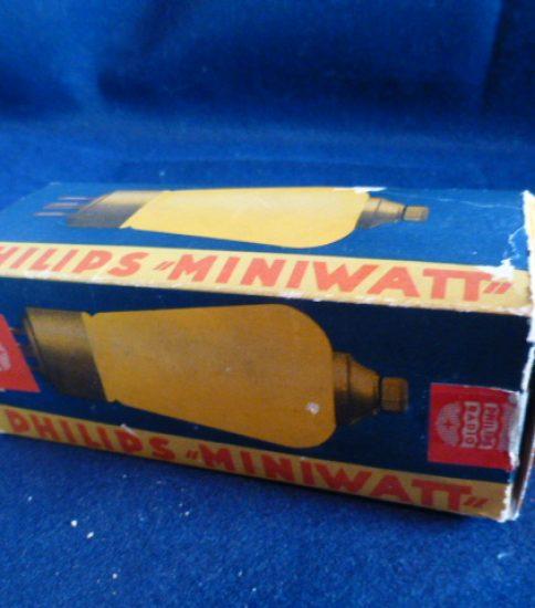 Philips Miniwatt 4683 Tube ¥86,400