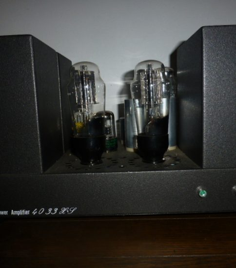 4033X Stereo Power Amplifier ¥270,000
