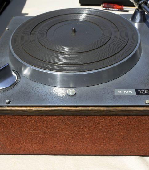 Rek-o-Kut Stereo turn table ¥194,400