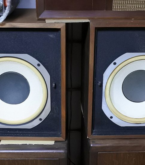 JBL Lancer L77 2Way Speaker systems ¥216,000/Pair