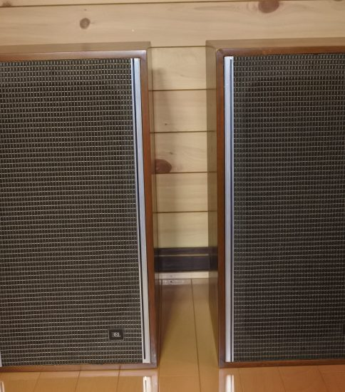 JBL Lancer L44 Speaker systems ¥216,000/Pair