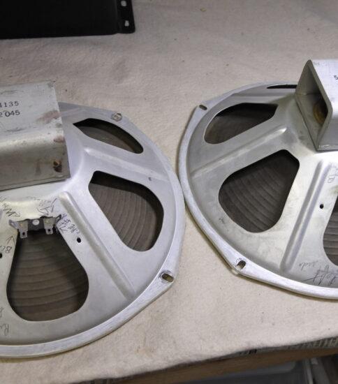 """Magnavox 12"""" Speakers  ¥33,000/Pair"""